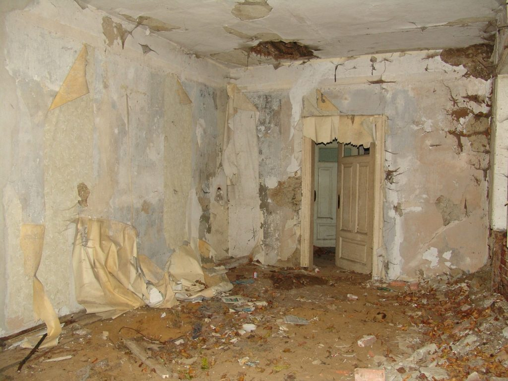 house-22324_1280-1024x768 Unterschätzte Gefahren alter Häuser