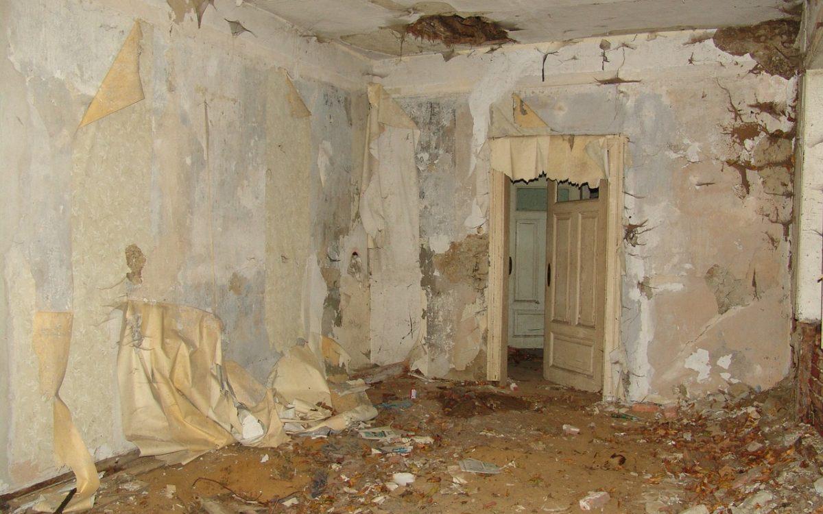 house-22324_1280-1200x750 Schimmelsanierung
